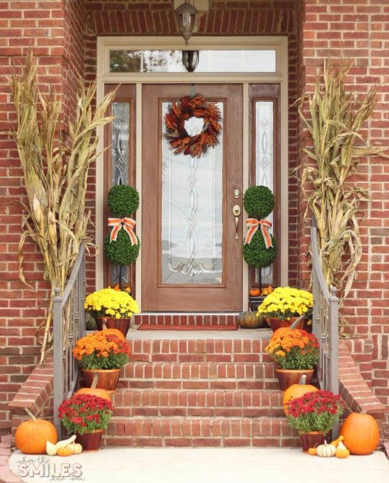 20 Front Porch Fall Decor Ideas You Ll Want To Copy Right Now
