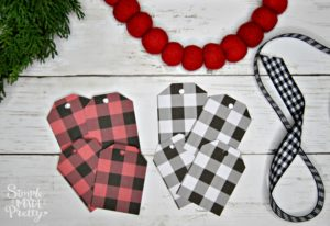 Free printable Buffalo Plaid Guft Tags, Free Printbale Christmas gift tags, Black and white buffalo check, black and white buffalo plaid, Printable holiday gift tags