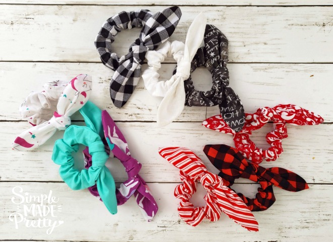 If you ever wondered how to sew scrunchies or how to make a hair scrunchy, you will love this tutorial! The best part of this tutorial is that Imade these DIY hair scrunchies using my Cricut Maker Machine which made several scrunchies at once! I literally had 20+ scrunchies cut and sewed in an hour! How to make a scrunchy, how to make scrunchies, how to make a hair scrunchy, how to make hair scrunchies, scrunchy DIY, scrunchies DIY #DIYscrunchies #howtomakeascrunchy